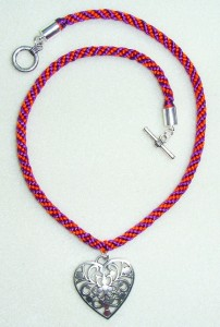 Kumihimo braided pendant - heart style